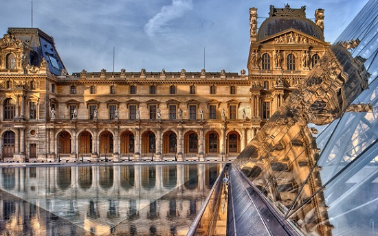 Louvre-musee-Paris-France.jpg