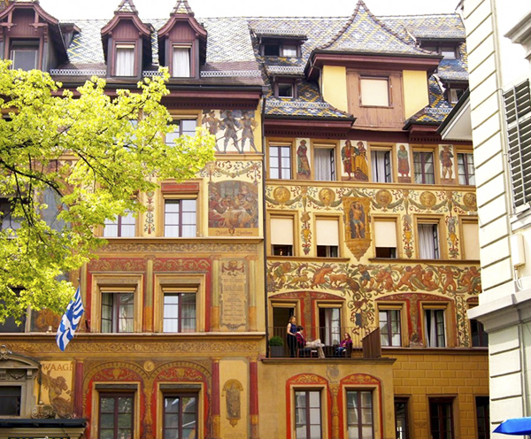 Lucerne-buildings-Switzerland.jpg