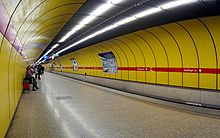 220px-Munich_subway_Sendlinger_Tor.jpg