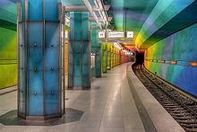 220px-U-Bahn-Muenchen_Candidplatz_-_2007-CC-BY-SA_SYNTAXYS-Achim-Lammerts.jpg