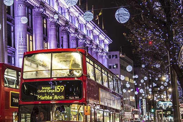 London-Guide-to-Christmas-Lights-Oxford-Circus.jpg