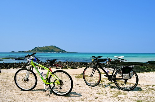 Cycling-Around-Jeju-001.jpg