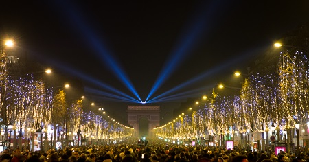 Happy_New_Year_From_Paris_With_Love_(15982447737) - 복사본.jpg