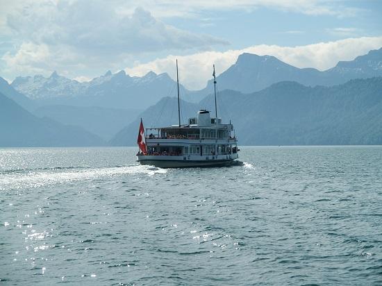 Lake-Lucerne-Boat-Trip - 복사본.jpg